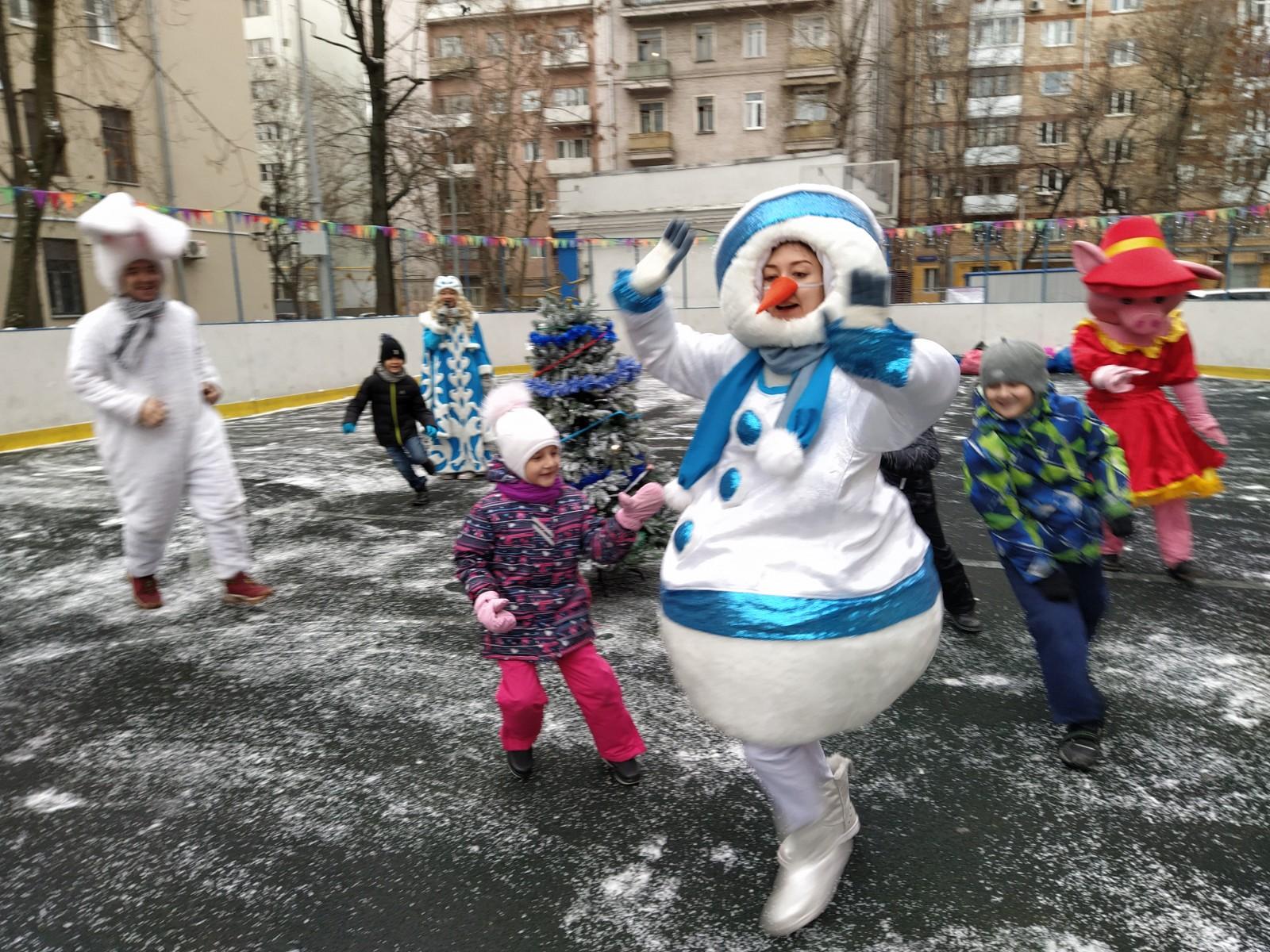 Новогодние мероприятия на открытых площадках района